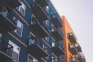 houses, broker, expat profession