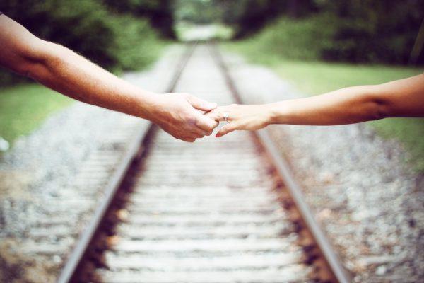 expat relationship, role of women, partnership, expatriate