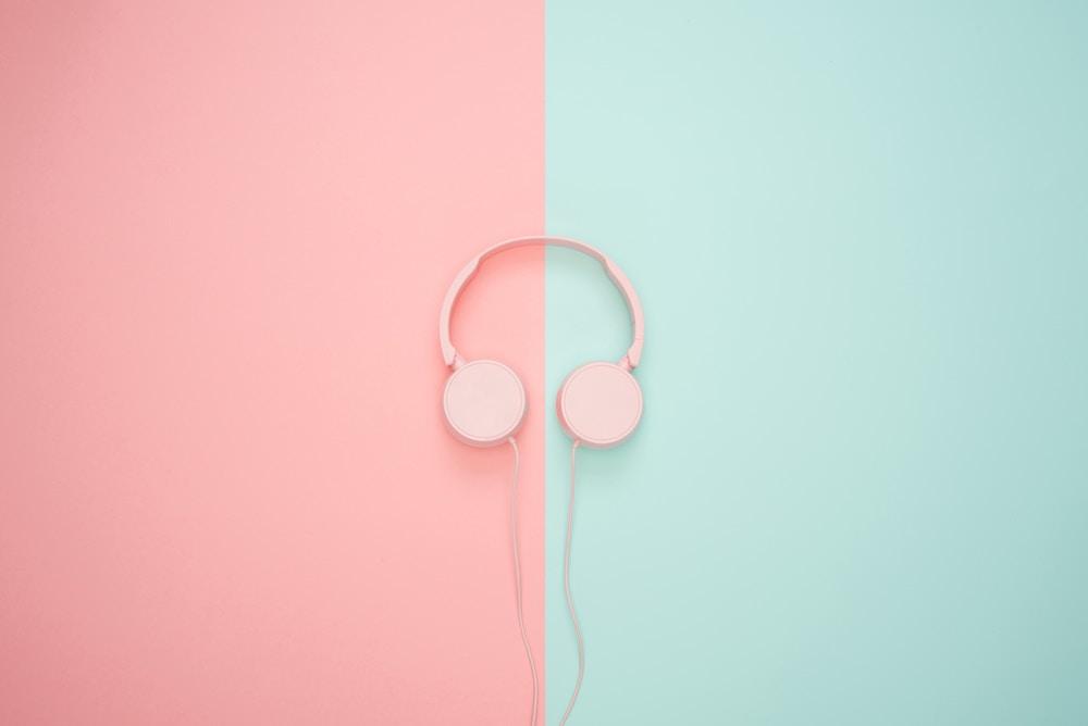 kopfhörer, podcasts, news, listening, sharethelove