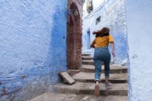 expat syndrom, girl running