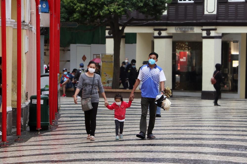 coronavirus, expat, families