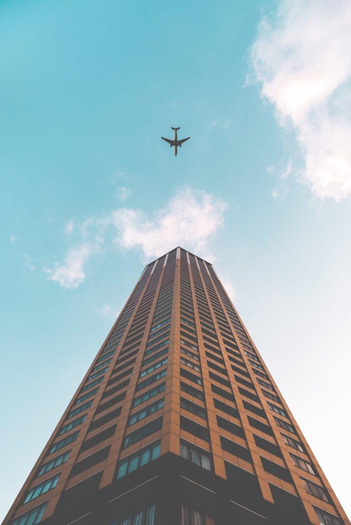 plane, skyscraper, female expatriates, sharethelove, research, role model, female expat